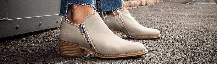 Woman wearing Timberland Ankle Boots
