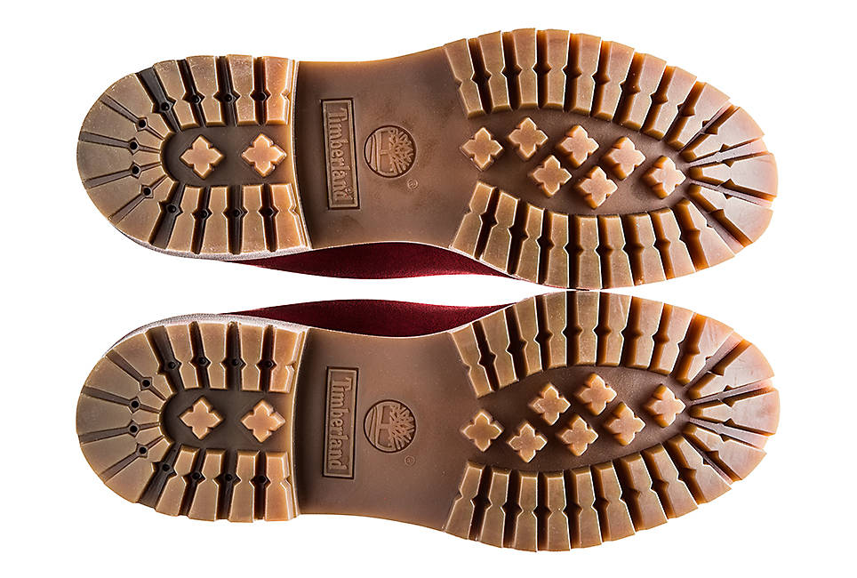 10% recycled rubber lug outsole for durability and traction