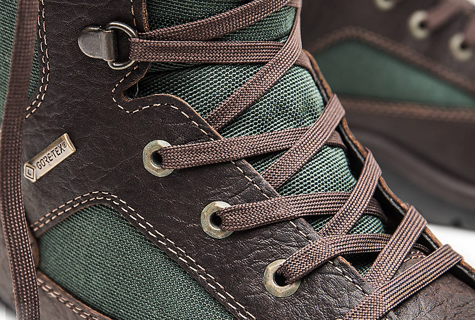 100% recycled nylon laces