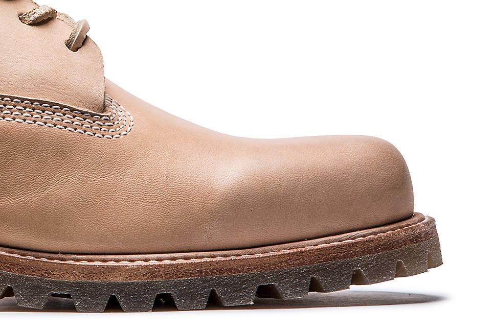 Premium Horween full-grain leather