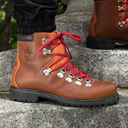 1978 Waterproof Hiking Boots