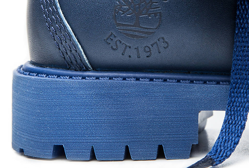 Lightweight EVA footbed for cushioning