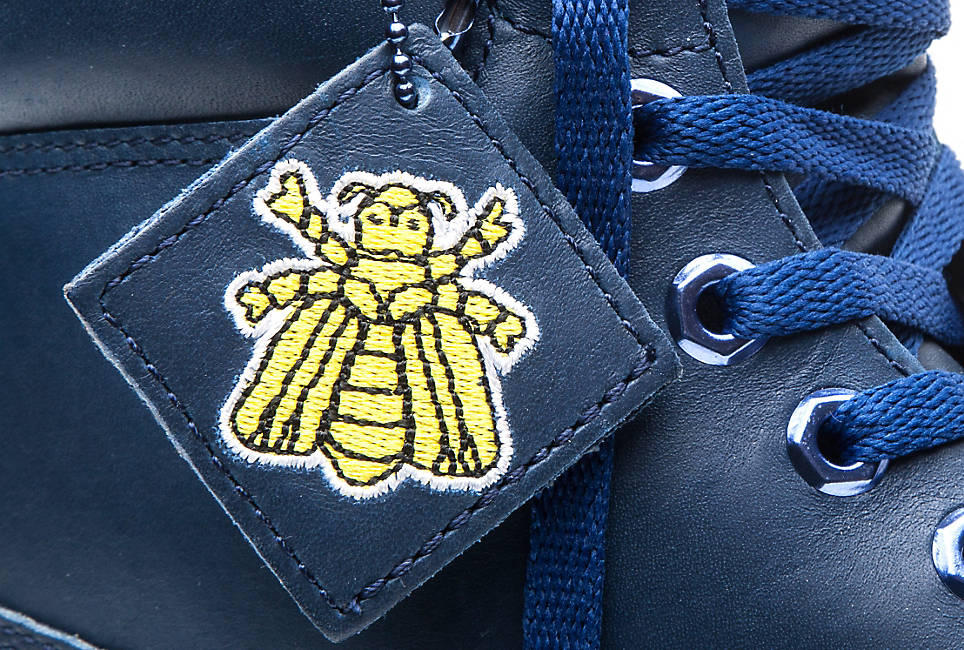 Contrasting Leather Bee Line Tag