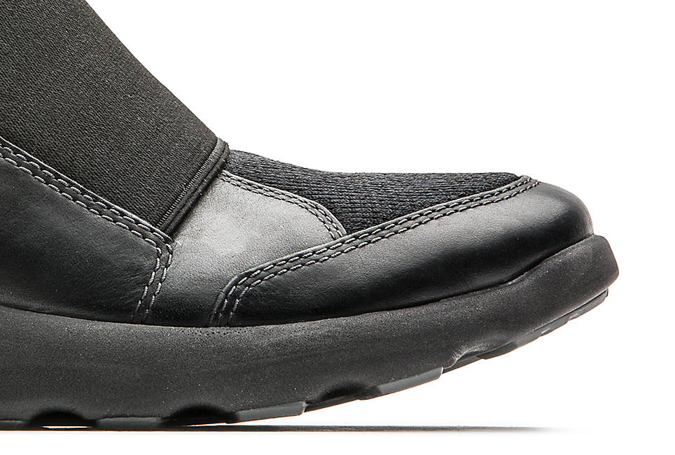 Ortholite footbed for cushioning Linings made with 100 percent recycled PET
