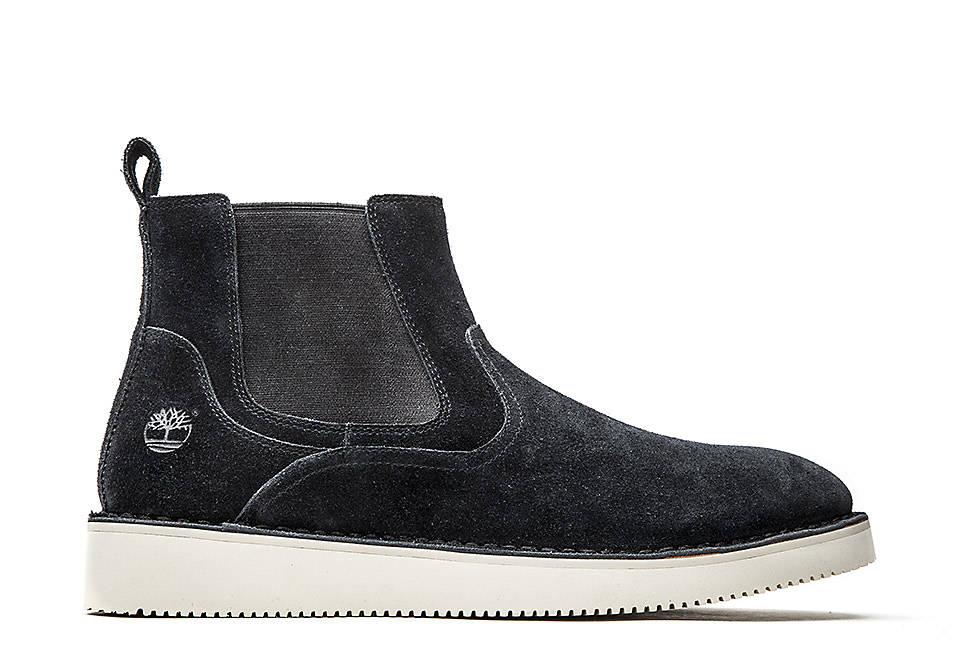 Chelsea Boot in Black