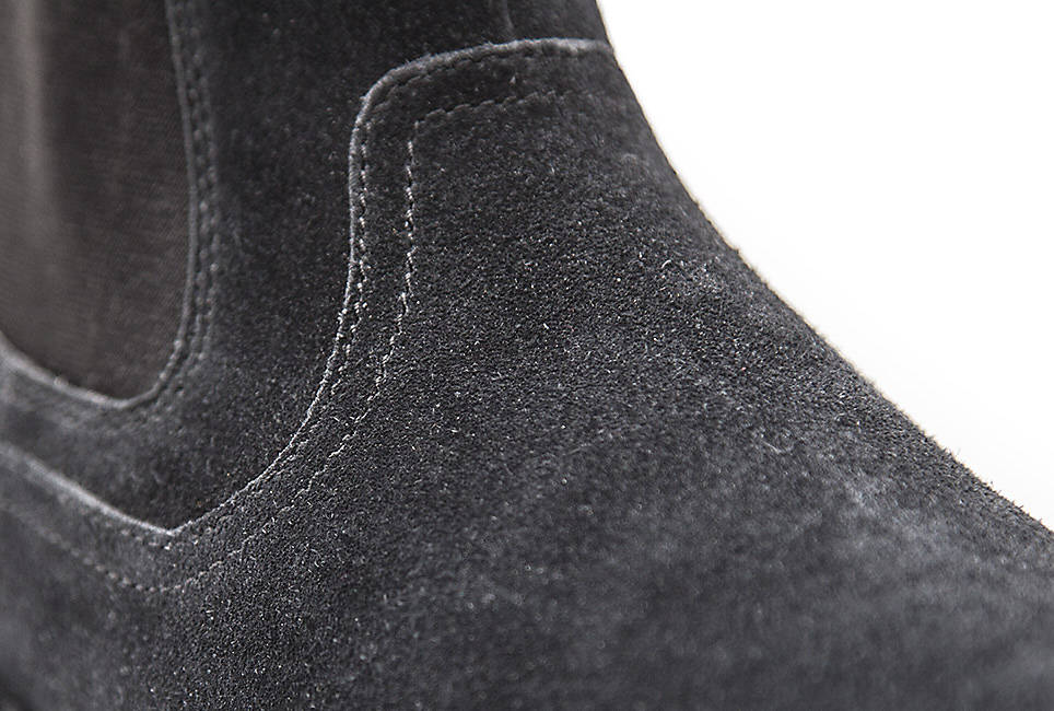 Premium suede for comfort and durability