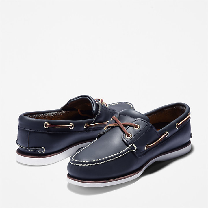 Classic 2-Eye Boat Shoe for Men in Navy-