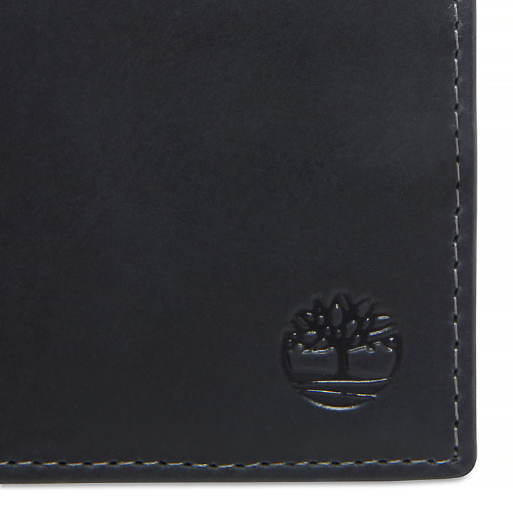 Grafton Notch Small Leather Wallet for Men in Black-
