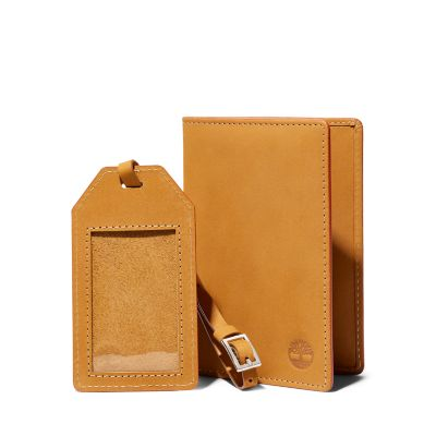 Leather+Passport+Cover+%26+Travel+Tag+for+Men+in+Yellow