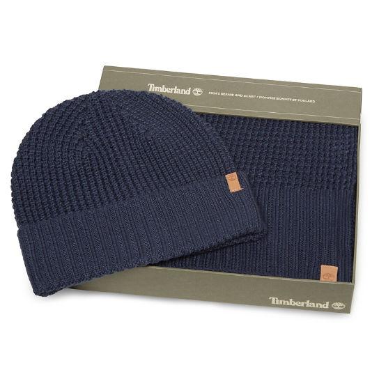 Coffret cadeau bonnet et écharpe pour femme en bleu marine   Timberland 499f1694a93