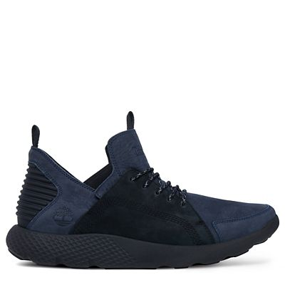 Flyroam%E2%84%A2+Leather+Chukka+voor+Heren+in+Marineblauw