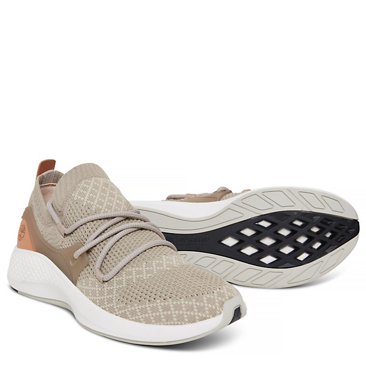 Women's Flyroam Go Sneaker Greige-