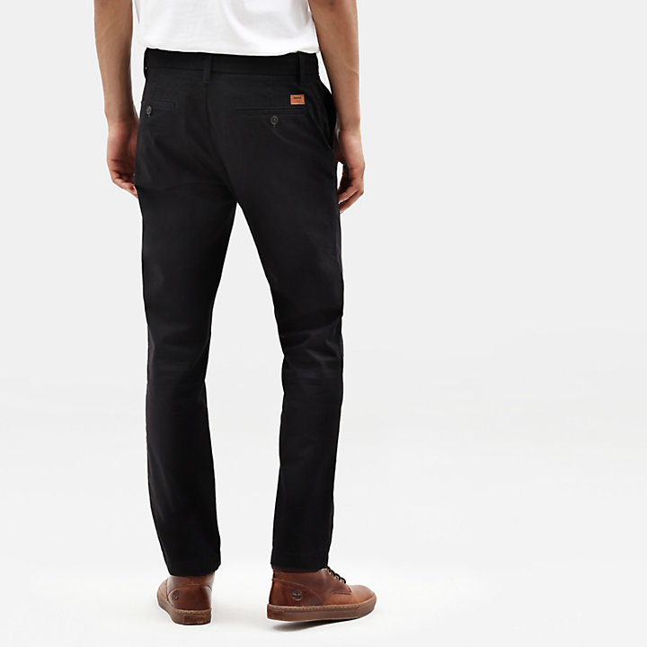 Sargent Lake Stretch Chinos for Men in Black-