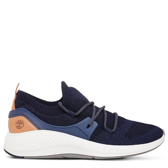 Flyroam Go Knitted Oxford for Men in Navy | Timberland