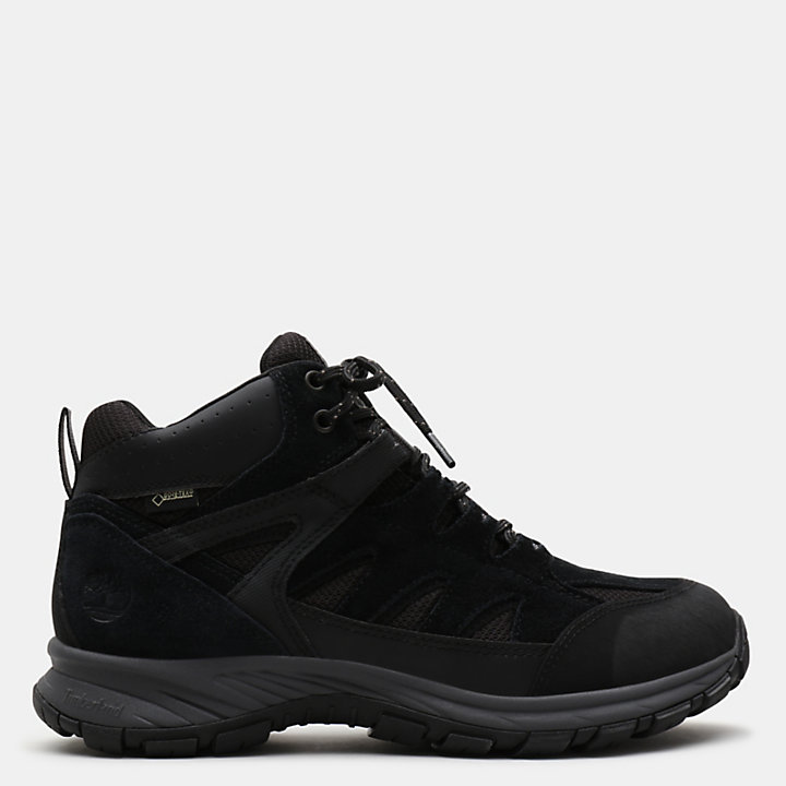 Sadler Pass Sneaker for Men in Black-