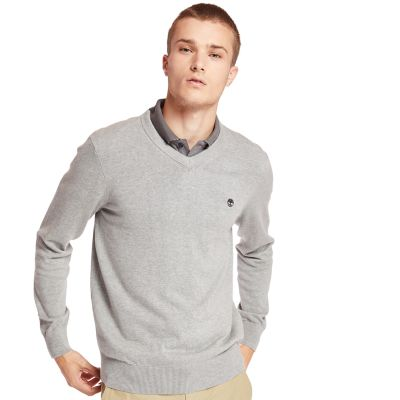 Williams+River+V+Neck+Sweater+for+Men+in+Grey