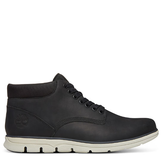 Bradstreet Classic Chukka for Men in Black | Timberland