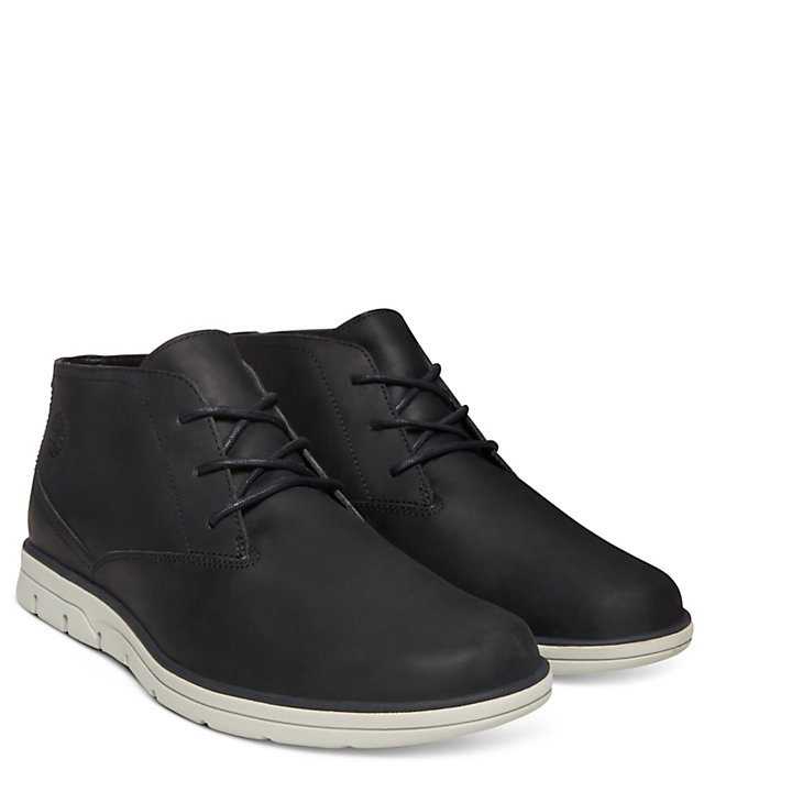 Bradstreet Plain Toe Chukka for Men in Black-