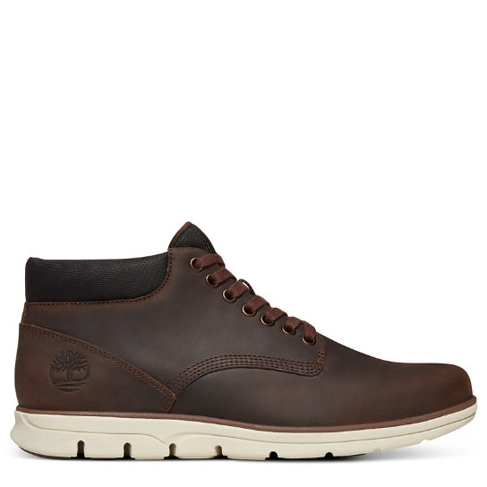 Bradstreet Classic Chukka for Men in Brown | Timberland