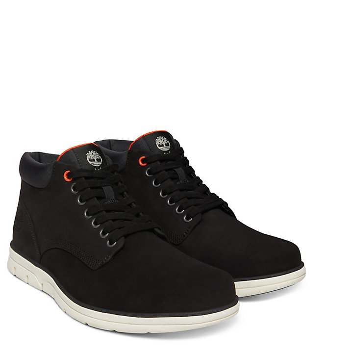 Bradstreet Chukka for Men in Black-