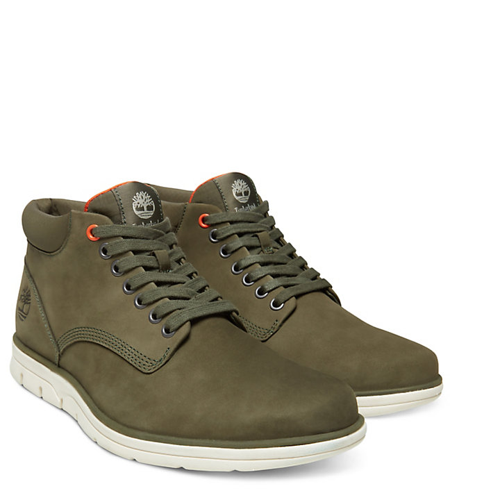 Bradstreet Chukka for Men in Green-