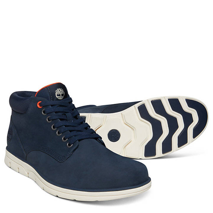 Bradstreet Chukka for Men in Navy-