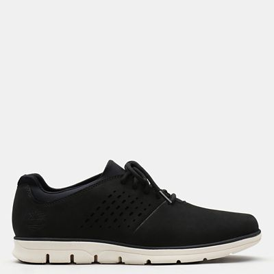 Bradstreet+Perforated+Oxford+for+Men+in+Black