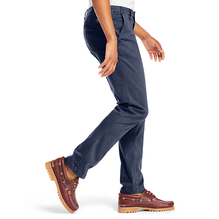 Squam Lake Ultra Stretch Chino voor Heren in marineblauw-