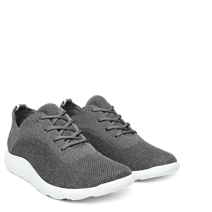 Flyroam FlexiKnit Oxford for Men in Grey-