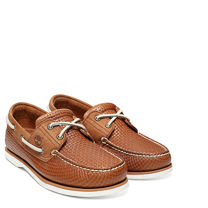 Classic 2-Eye Boat Shoe for Men in Tan-