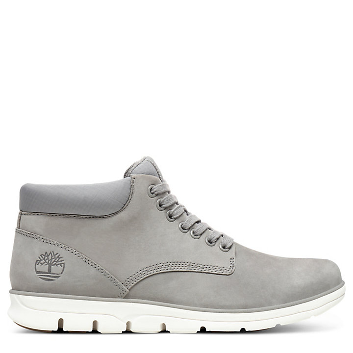 Bradstreet Chukka for Men in Light Grey-