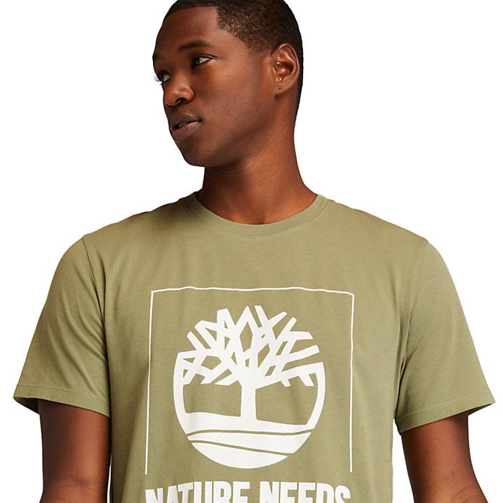 Camiseta con Estampado Gráfico Nature Needs Heroes™ para Hombre en verde-