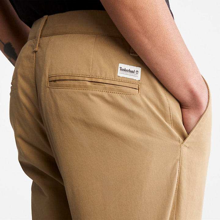 Squam Lake Slim Chinos for Men in Khaki-