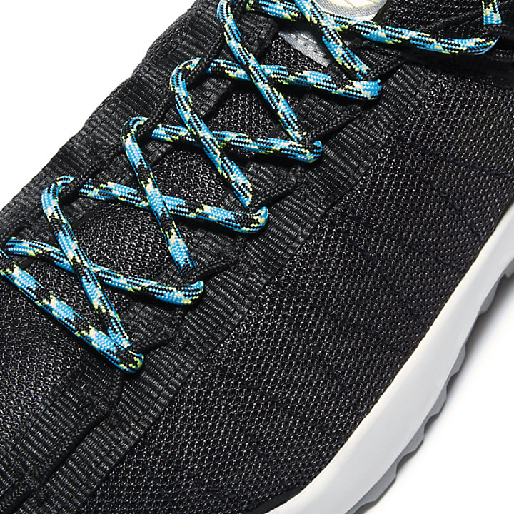 Solar Wave Mesh Sneaker for Men in Black-