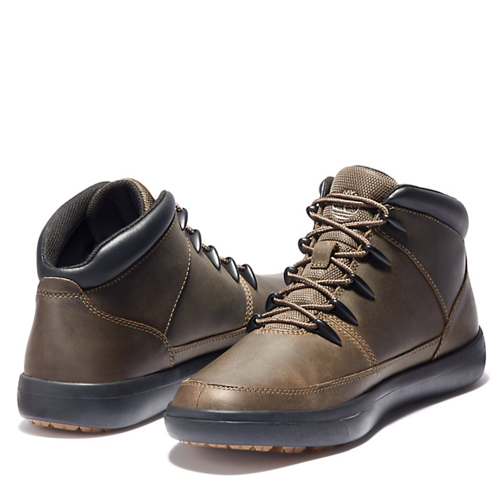 Ashwood Park Sprint Hiker for Men in Brown-