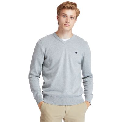 Williams+River+V-neck+Sweater+for+Men+in+Grey