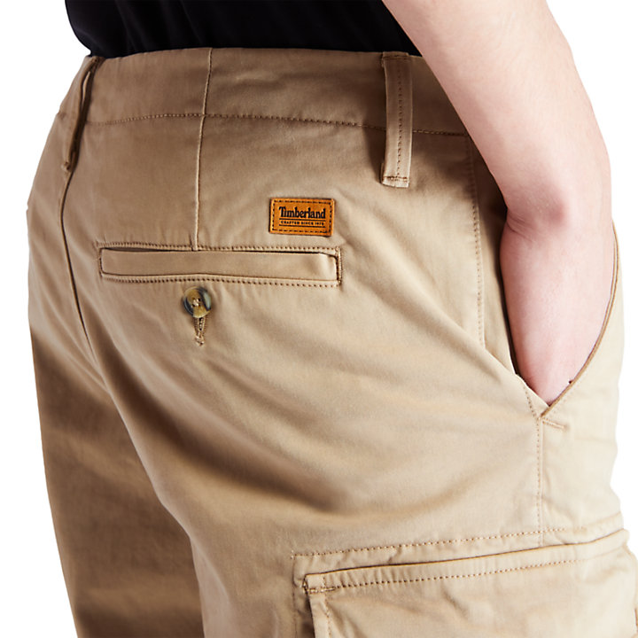 Short cargo ultra-stretch pour homme en kaki-