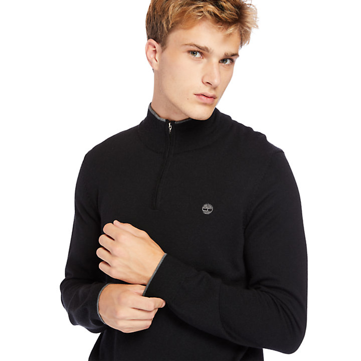 Nissitissit River Half-Zip Merino Wool Sweater for Men in Black-