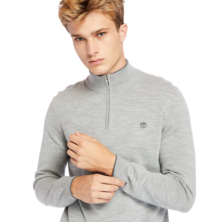 Nissitissit River Half-Zip Merino Wool Sweater for Men in Grey-