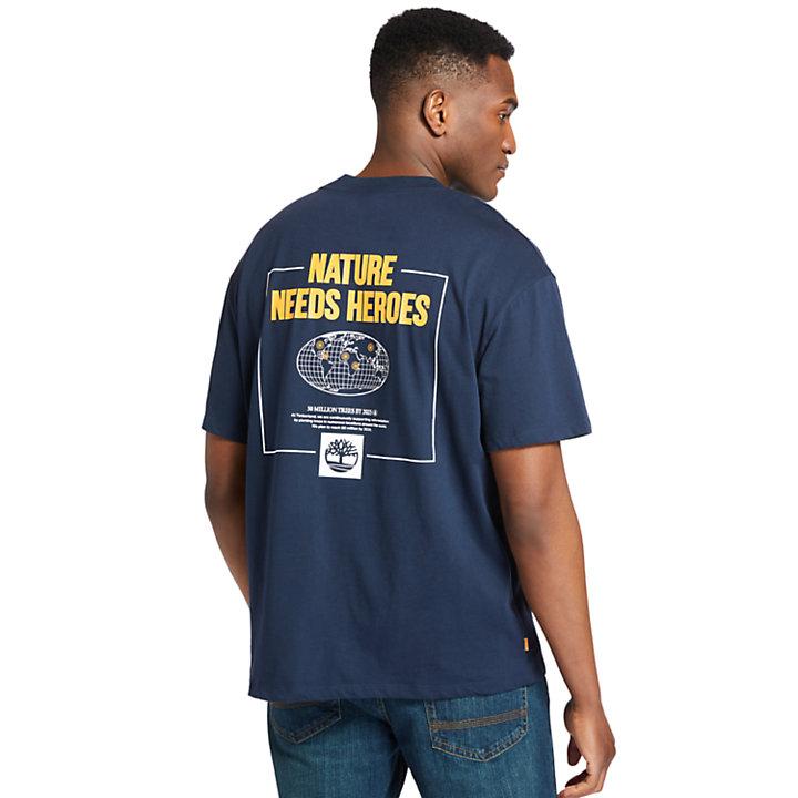 Nature Needs Heroes™ T-Shirt mit Grafik am Rücken für Herren in Navyblau-