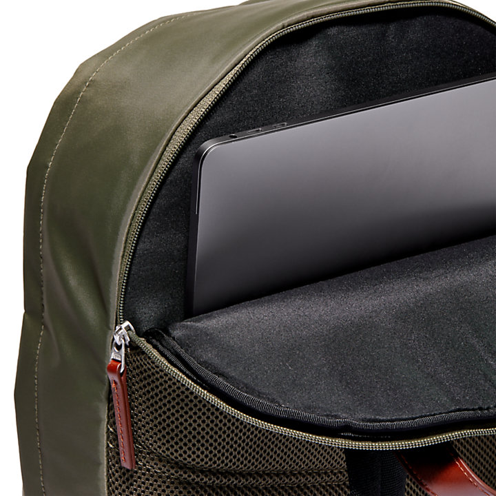 Alderbrook Classic Backpack in Green-