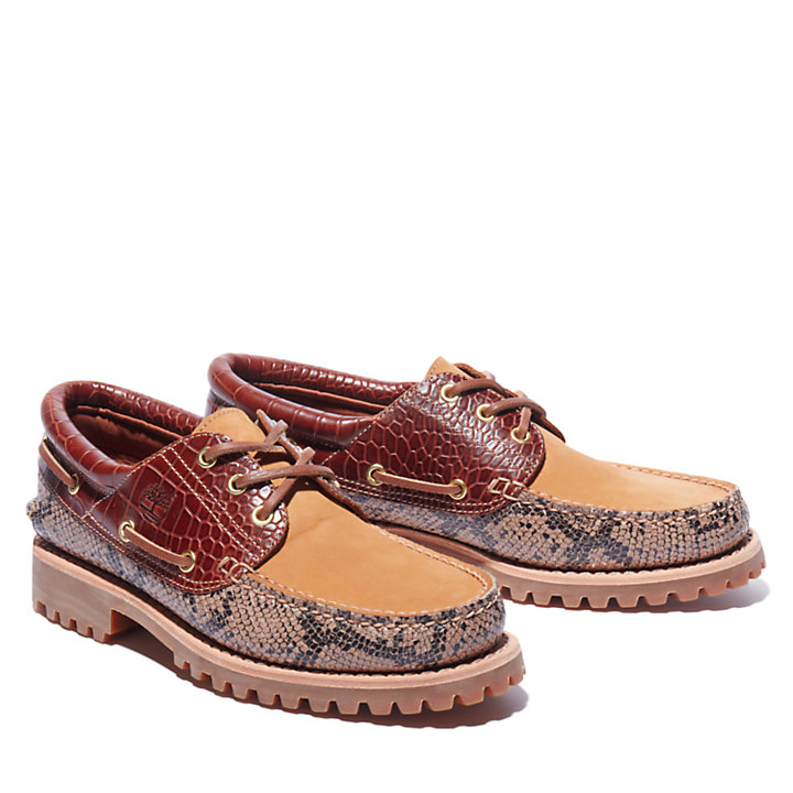 Authentic 3-Eye Classic Lug Boat Shoe for Men in Animalier Print-