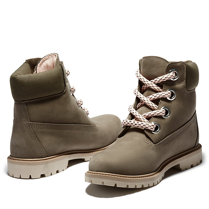 Heritage 6 Inch Pull-on Boot for Women in Greige-