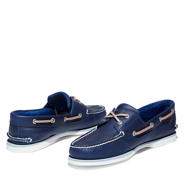 Classic Full-grain Boat Shoe for Men in Navy-