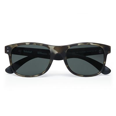 Retro+Sustainable+Wayfarer+Sunglasses+for+Men+in+Green