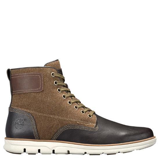 Men's Bradstreet Mixed-Media Chukka Boots