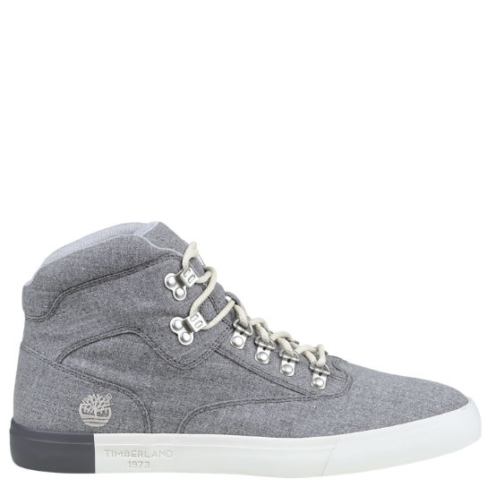 Men's Newport Bay Thread™ Canvas Chukka Boots