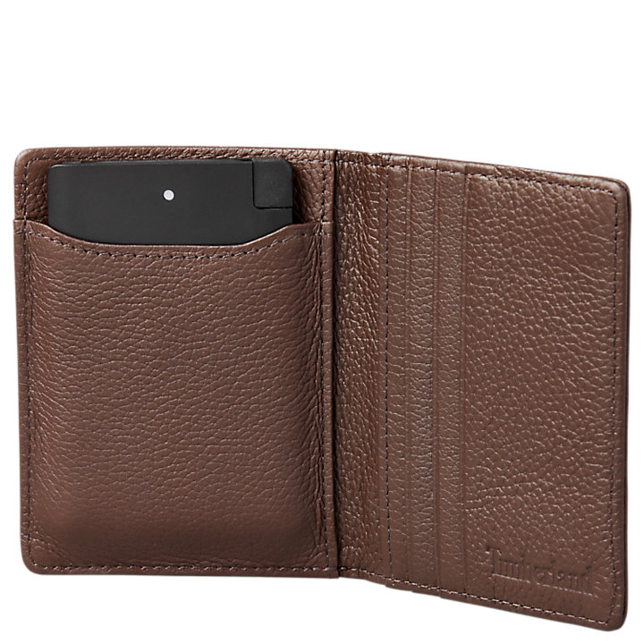 Leather Wallet with Pocket Charger-