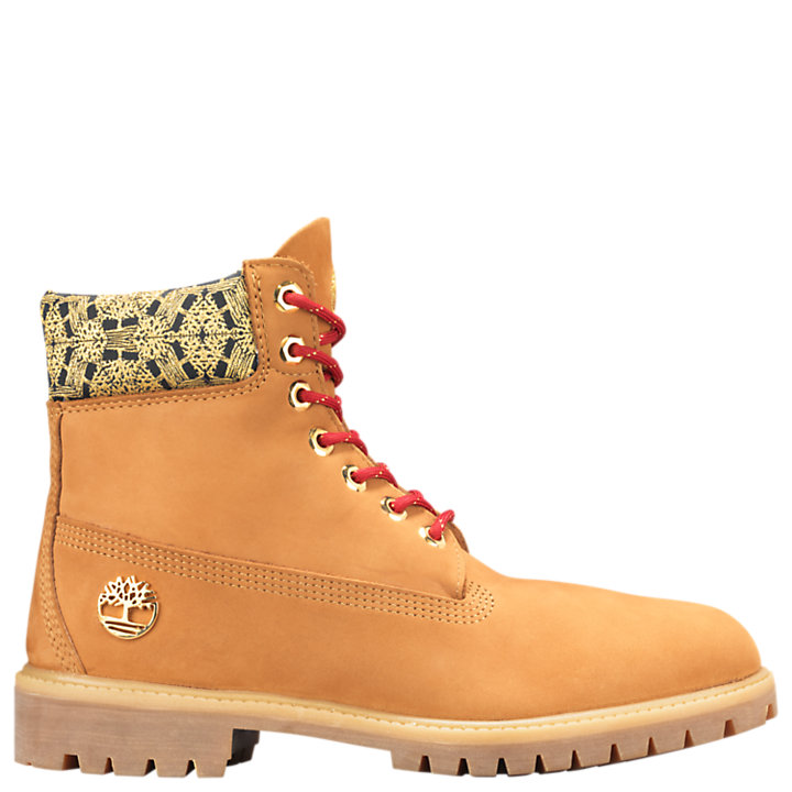 timberland chinese new year bottes on feet