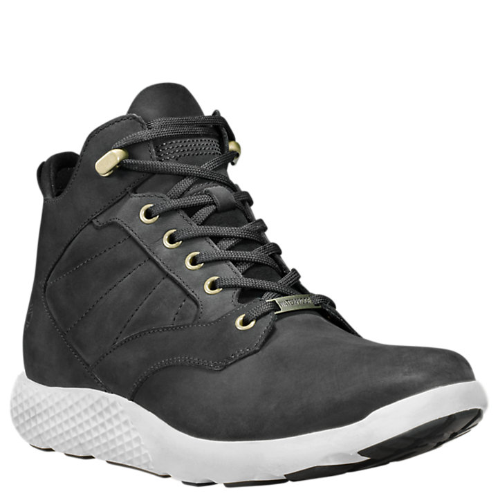 Men's FlyRoam™ Waterproof Chukka Sneakers-